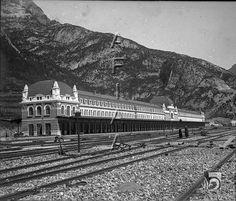 Estación Internacional de Canfranc. El edificio y las víasDARA :: Detalle de Registro
