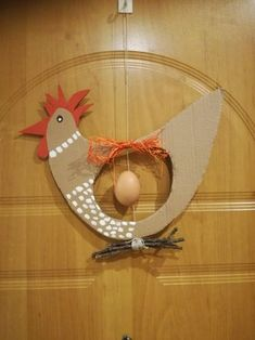 Wielkanoc Easter Art, Easter Crafts For Kids, Preschool Crafts, Diy For Kids, Chicken Wire Crafts, Egg Art, Cardboard Crafts, Art Activities, Spring Crafts