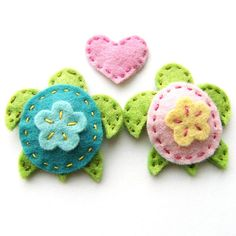 Turtle Hair Clips in Love by Clara Clips, via Flickr