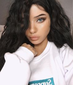 Hair color ideas for brunettes with freckles brows new Ideas Pretty Eyes, Beautiful Eyes, Beauty Make-up, Hair Beauty, Glam Makeup, Hair Makeup, Makeup Style, Eye Color, Hair Color