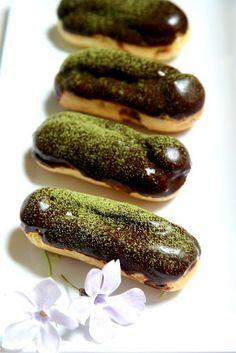 Green Tea Eclair w/Chocolate Glaze