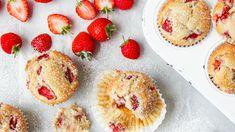 5 epres finomság gyereknapra - A Zöldséges Strawberry Muffin Recipes, Strawberry Muffins, Cake Mix Muffins, Mini Muffins, French Vanilla Muffins Recipe, Boiled Fruit Cake, Sugar Free Muffins, Yummy Snacks, Yummy Food
