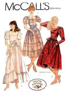 Vestidos Vintage, Vintage Dresses, Vintage Outfits, 1980 Dresses, Laura Ashley Vintage Dress, Laura Ashley 80s, Laura Ashley Patterns, Retro Fashion, Vintage Fashion