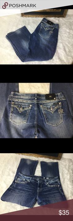 """Miss Me Blingy Jeans Sz 32 Miss Me Blingy Jeans Sz 32. Waist 16"""". Inseam 28"""". Rise 10"""".  In good shape.  Easy boot. Miss Me Jeans Boot Cut"""