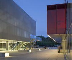 les quinconces cultural centre - le mans - babin renaud - 2014 - photo cécile septet