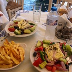 greece food greek lunch kefalonia salads possible many lifestyle cyprus travel nourriture mediterranean diet europe gods drink uploaded user enregistree