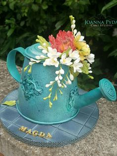 Watering can cake by Joanna Pyda Cake Studio