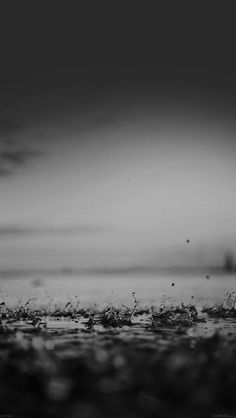 papers.co-mf94-rain-drop-on-black-afternoon-nature-4-wallpaper.jpg 640×1,136 pixels