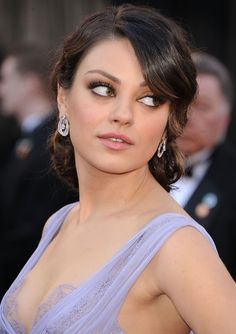 Pin for Later: Endless Gorgeous Celebrity Wedding Hair Ideas Wedding Hairstyles: Updos At the Oscars last year, Mila Kunis had one of the most captivating updos we've seen on the red carpet. Best Wedding Hairstyles, Formal Hairstyles, Celebrity Hairstyles, Cool Hairstyles, Bridesmaid Hairstyles, Hairdos, Hairstyle Ideas, Wedding Hair Front, Up Dos