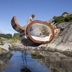 By Erik Pirolt, Flying View suspended tiny house in Norway