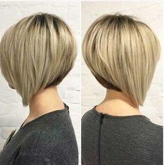Wahnsinnig hübsche Haarfarbe Ideen für kurze Haare im Jahr , Beliebte Frisuren Graduated Bob Haircuts, Inverted Bob Haircuts, Stacked Bob Hairstyles, Short Bob Haircuts, Hairstyles Haircuts, Pretty Hairstyles, Haircut Bob, Latest Hairstyles, Haircut Short