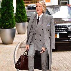 #BlakeLively wearing Suit #ralphlauren fall 2017  #blogpost#fashionpost#fashioninsta#fashionideas#bloginstagram#fashionstyle#fashionpost#fashioninsta#fashionstyle#blogs#blogideas