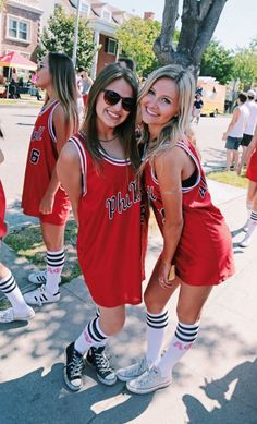 Alpha Phi at University of Southern California College Parties, College Girls, College Outfits, Sorority Bid Day, Sorority Shirts, Bid Day Themes, Halloween Costumes, Party Costumes, Jersey Outfit