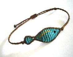 Macrame fish bracelet/Summer bracelet/Friendship bracelet/Surf bracelet/Macrame bracelet/Macrame jewelry/Micromacrame on Etsy Bracelets Diy, Macrame Bracelet Diy, Summer Bracelets, Macrame Jewelry, Ankle Bracelets, Micro Macramé, Friendship Bracelet Patterns, Friendship Bracelets, Bijoux Diy