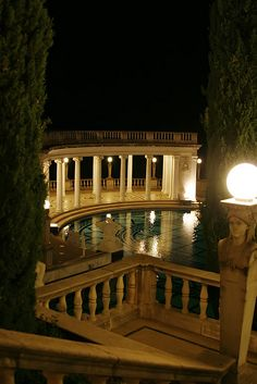 Hearst Castle. - Stop on Honeymoon trip...in love with this place!