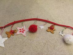 2/4 two metre Christmas garland