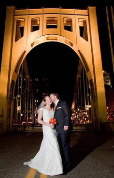 Chels & the City is about Pittsburgh. But it's about life in the city as a whole as well. Read what's cool to do & hot to wear while in the city! Places To Get Married, Got Married, Best Friend Wedding, Wedding Bells, Wedding Favors, Wedding Venues, Photo Poses, Wedding Pictures, Dream Wedding
