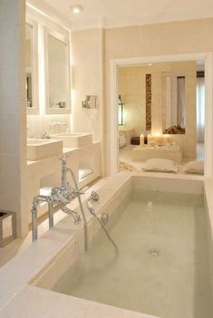 Fresh contemporary and luxury bathroom design ideas for your home. See more clicking on the image. Dream Bathrooms, Beautiful Bathrooms, Luxury Bathrooms, Marble Bathrooms, Modern Bathrooms, Master Bathrooms, Bathtub Dream, Travertine Bathroom, Big Bathtub