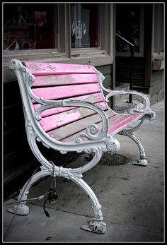 I look at this bench and think.time and time again people sit on this bench, to see the beauty that surrounds them. The everyday chaos while they sit there still, peacefully. What a graceful aged bench. Pink Love, Pink Grey, Pretty In Pink, Splash Photography, Color Photography, Contrast Photography, Street Photography, Color Splash, Splash Art