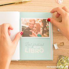 Libro de las historias tuyas y mías (y de nadie más). Demuéstrale a tu amorcete todo tu cariño con este libro para rellenar con vuestras mil historietas y aventuras. #mrwonderfulshop #book #history #sanvalentin #valentinesday #love #loveyou #couple