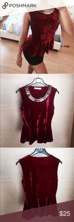 Dark Red Velvet cupcake top with gold collar. Boohoo Dark Red Velvet cupcake top with gold collar necklace attached to the top. I've never worn this top out so it's practically new. Boohoo Tops
