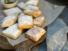 Glutenfrie luftige ciabatta Ciabatta, Pretzel Bites, Mozzarella, Pesto, Bread, Food, Eten, Bakeries, Meals