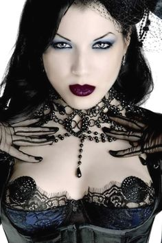 Top Gothic Fashion Tips To Keep You In Style. Consistently using good gothic fashion sense can help Dark Beauty, Goth Beauty, Dark Gothic, Gothic Art, Dark Fashion, Gothic Fashion, Style Fashion, Steampunk Fashion, Emo Fashion