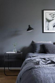 Nice 50 Simple and Minimalist Bedroom Ideas https://homeylife.com/50-simple-minimalist-bedroom-ideas/