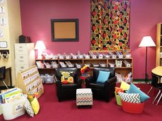 Tunstall's Teaching Tidbits: Classroom Tour 2012-2013. I want my room to look just like this! Wow!
