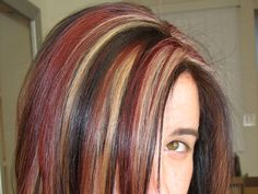 dark hair with light highlights Bing Images Ashleigh {bee in our bonnet} {bee Red Brown Hair, Brown Hair With Highlights, Hair Color Highlights, Light Brown Hair, Dark Hair, Light Highlights, Pink Brown, Red Hair, Work Hairstyles