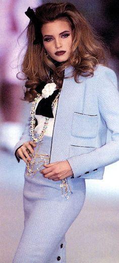 "Chanel Fashion show Details ""Vintage"""