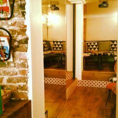 CofeeShop, Loustic - paris,IIIeme