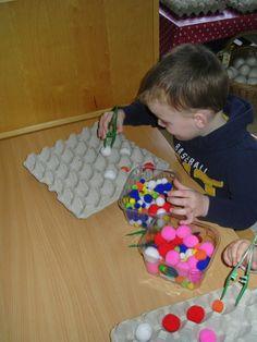 Klasblog juf Olivia : Thema: Het allermooiste ei (Pasen) Easter Art, Easter Crafts, Toddler Learning Activities, Preschool Activities, Funky Fingers, Spring School, Simple Math, Business For Kids, Kids Education