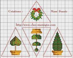 Déco Triangle pour Sapin de Noël : Topiaire de Houx