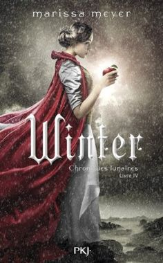 French edition of Winter (with Levana on the cover...? Hmmmm.)