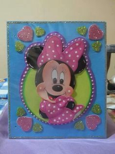 Eva Foam Crafts, Diy Crafts, Iris Folding, Decorate Notebook, Mickey And Friends, Paper Art, Mickey Mouse, Burlap, Applique