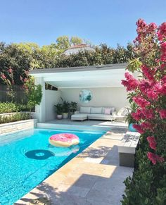 garden pool Decor Pools : Rectangle Travertine Decor Pools : Rectangle Travertine -Read More The post Decor Pools : Rectangle Travertine appeared first on Garden Ideas. Swimming Pool Landscaping, Swimming Pool Designs, Backyard Landscaping, Home Swimming Pool, Home Pool, Landscaping Ideas, Backyard Patio, Backyard Pool Designs, Small Backyard Pools
