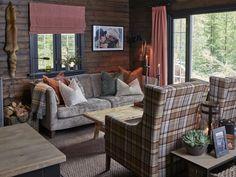 Garden Lodge, Mountain Decor, Outdoor Furniture Sets, Outdoor Decor, Log Homes, Interior Inspiration, Cottage, Cabin, Living Room