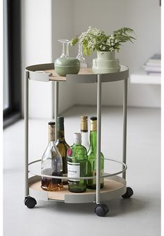 Design Bite collection - living on Behance Concrete Furniture, Kitchen Furniture, Unique Furniture, Furniture Design, Drinks Trolley, Tea Trolley, Serving Trolley, Big Hugs, Wood And Metal