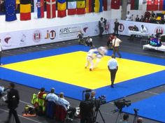 World Championships in Vienna (in German). Create your own FREE sportscasts on tickaroo.com.