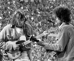 Bob Dylan & Neil Young, San Francisco, at a 1975 benefit for SNACK: Students Need Athletics, Culture and Kicks.