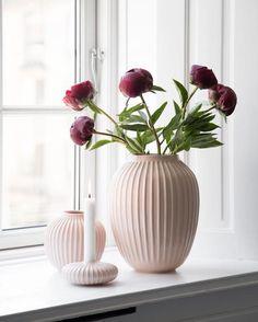 Modern romantic flower vases / home decor ideas / design vase / afflink Romantic Home Decor, Cute Home Decor, Romantic Homes, Fall Home Decor, Flower Vases, Flower Pots, Rose Vase, Pink Roses, Pink Flowers