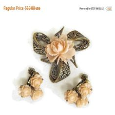 Celluloid Flower Brooch and Earrings Set Peach Coral Vintage ($25) ❤ liked on Polyvore featuring jewelry, 80s jewelry, vintage jewellery, vintage flower jewelry, vintage jewelry and coral jewellery
