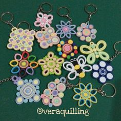 Sheet of Paper Quilled Earrings Free Pattern - Honey & s QuillingSheet of Paper Quilled Earrings Free Pattern - Honey & s Quilling Miniature Mashroom. Quilling Images, Paper Quilling Flowers, Paper Quilling Jewelry, Quilling Craft, Quilling Patterns, Quilling Designs, Paper Jewelry, Paper Beads, Quilling Work