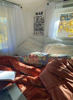 Bedroom Inspo, Bedroom Decor, Cribs, Pretty Room, Dream Apartment, Safe Place, Dojo, My Room, Libra
