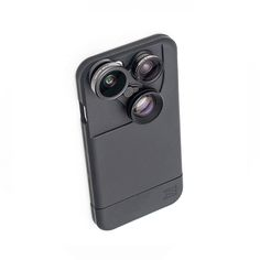 Thanks to the advanced lens technology of the iZZi Slim, professional shots are realistic for the everyday user. It's the only iPhone 6 case with five interchangeable lenses that allows you to take incredible, high-quality photos and videos from a variety of perspectives. With its sleek design, this case protects your phone, makes you a photographer, and turns heads with just a quick snap of the base.