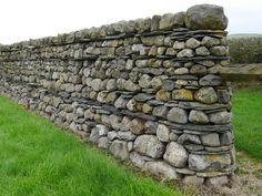By Andrew Loudon http://www.drystone-walling.co.uk/