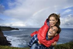 Tips for Traveling to Hawaii for Romance - Are you and your spouse interested in taking a private, romantic getaway? Hawaii is the destination that you will want to examine if you are. Hawaii is known for its beautiful beaches, great hotels and vacation resorts, as well as its many activities and attractions. What more could you ask for?