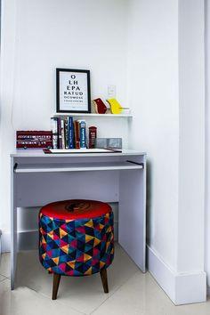 O espaço de estudo pode ser pequeno, mas este é pequeno e cheio de charme.