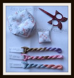 Biscornou e Scissor fob Elegance Stitcher set di HeartStitch Designs